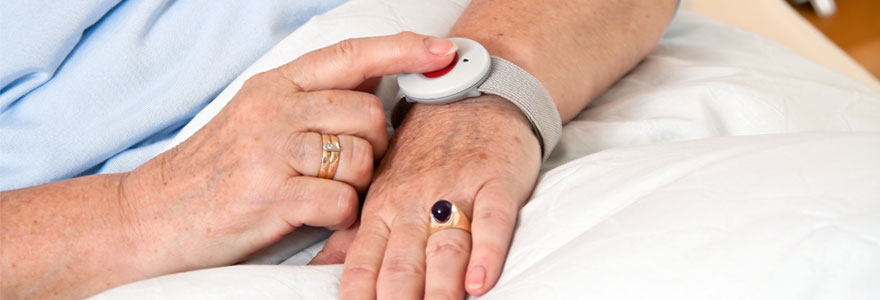 Bip télé-alarme pour personnes âgées